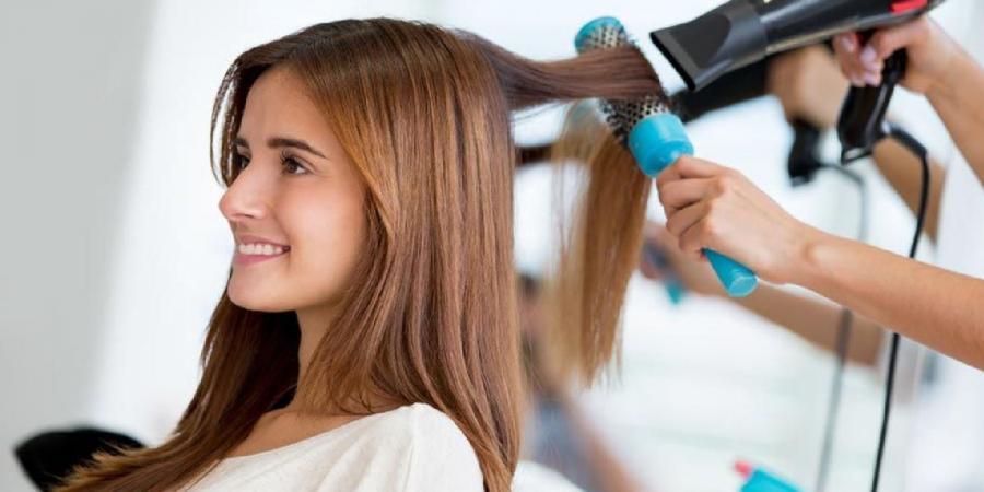 Укладка волос: работаем разными видами расчесок
